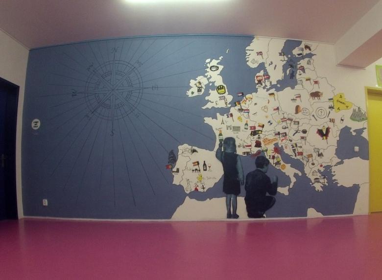 školní stěna celek